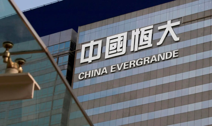 Bitcoin rebounded from support at $40k. Crisis canceled: China starts helping Evergrande